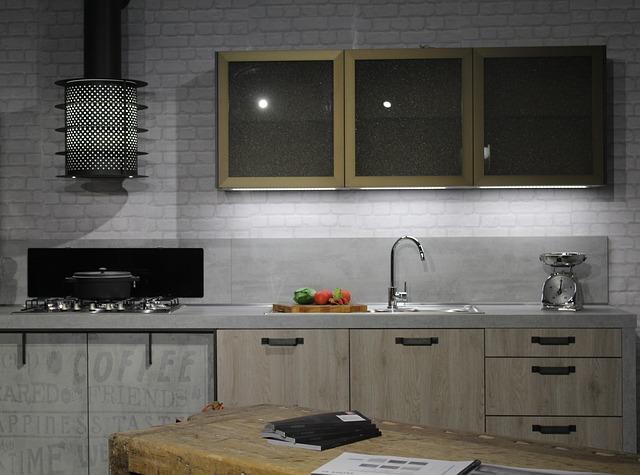 nová malá kuchyň