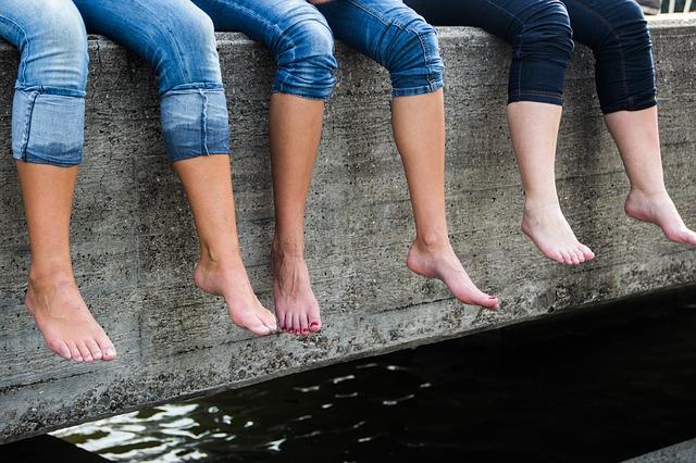 nohy žen.jpg